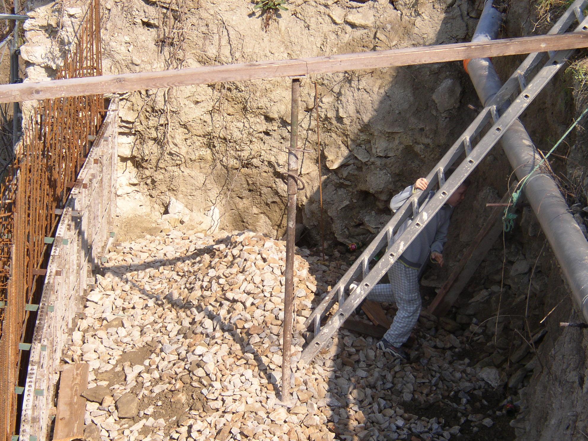 Desportes Rénovation Gard : Remplissage en graviers roulés (château d'Aubais)