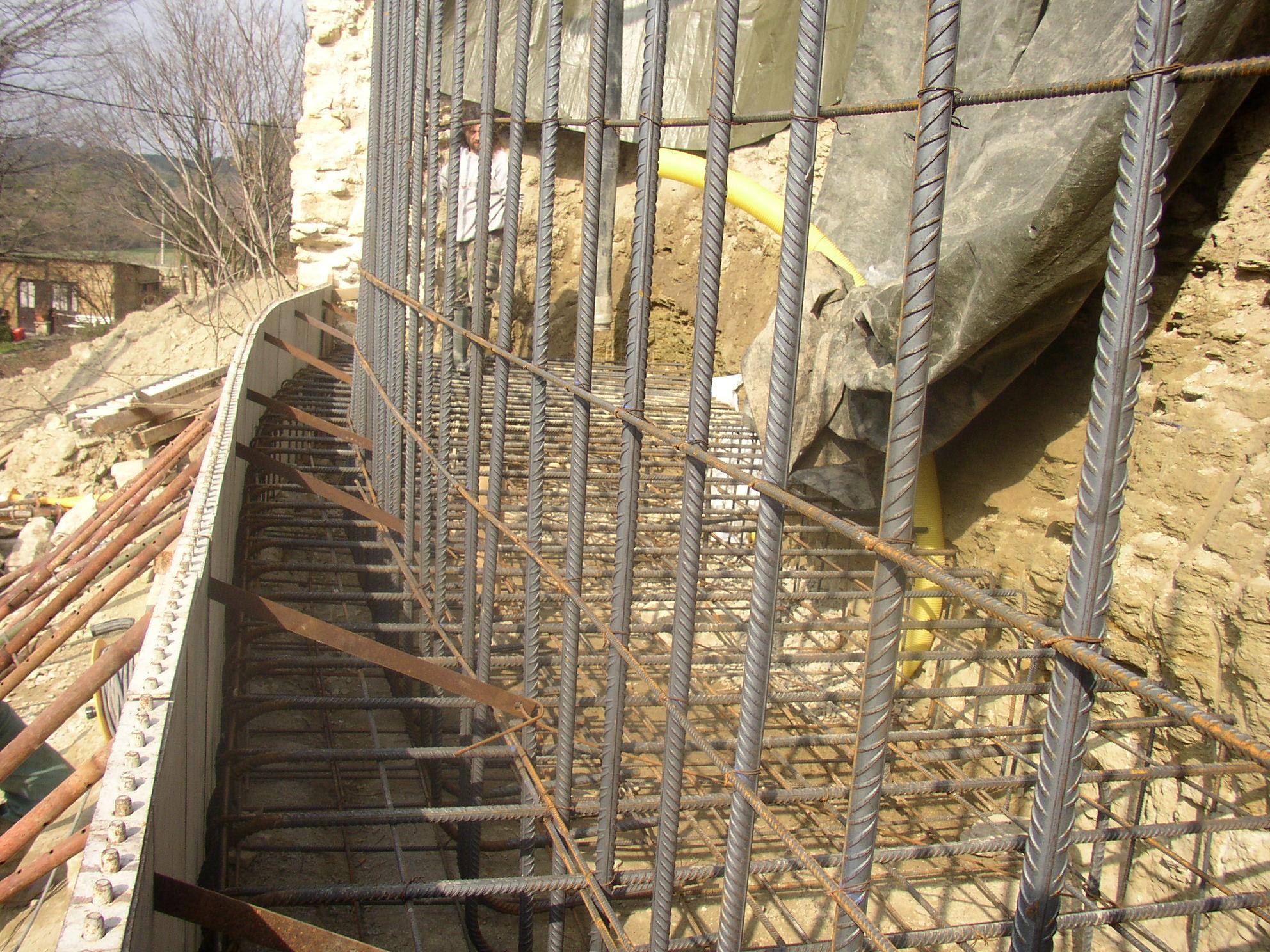 Desportes Rénovation Gard : Coffrage en banches du château d'Aubais
