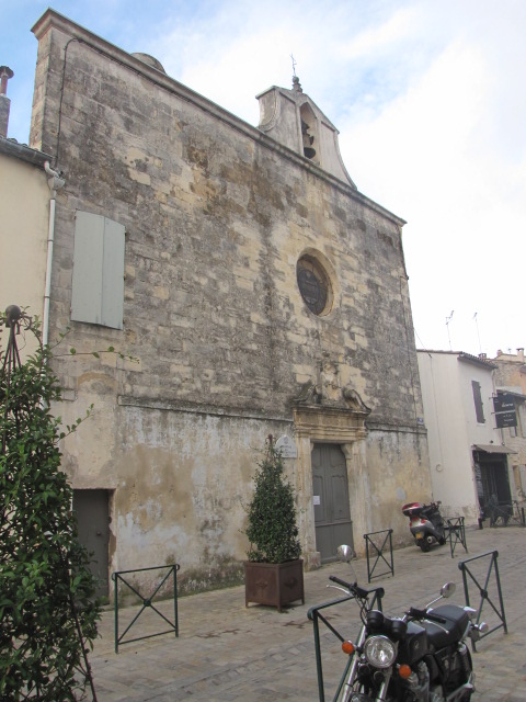 Deportes Rénovation Gard : Chapelle des pénitents blancs Aigues Morte - façade avant rénovation